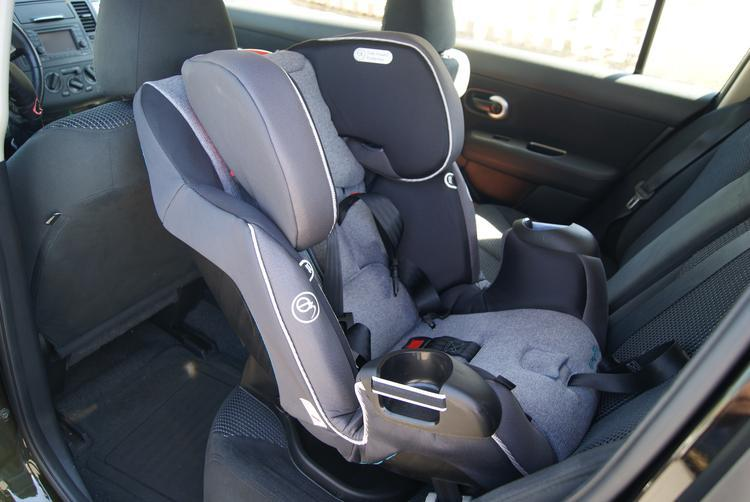 camra pics 012 The Evenflo Platinum Symphony DLX All-In-One Car Seat!! Baby's Got A New Cadillac,