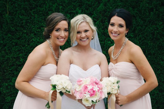Bride & Bridesmaids || Bouquets by Jen's Blossoms || photo by: http://nicoleschauer.pass.us/shineflew-flowers
