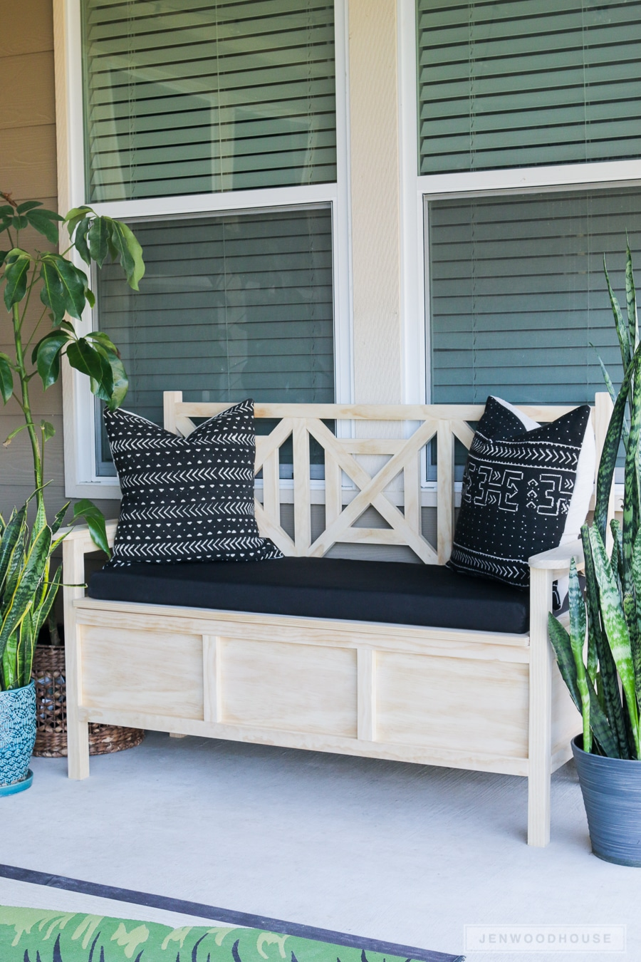 Outdoor Daybed With Ottoman How To Build A Diy Outdoor Storage Bench