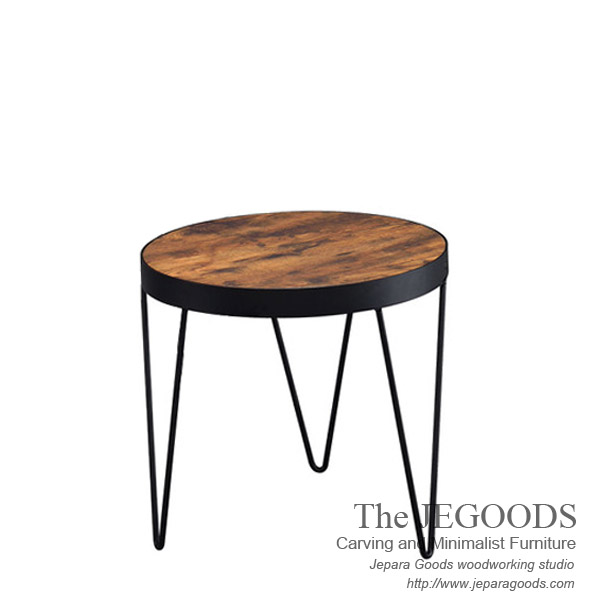 Another Rustic Side Table ;