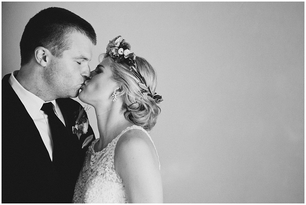 Bride and Groom black and white portrait | Downtown Indianapolis Wedding by Caroline Grace Photography & Jessica Dum Wedding Coordination