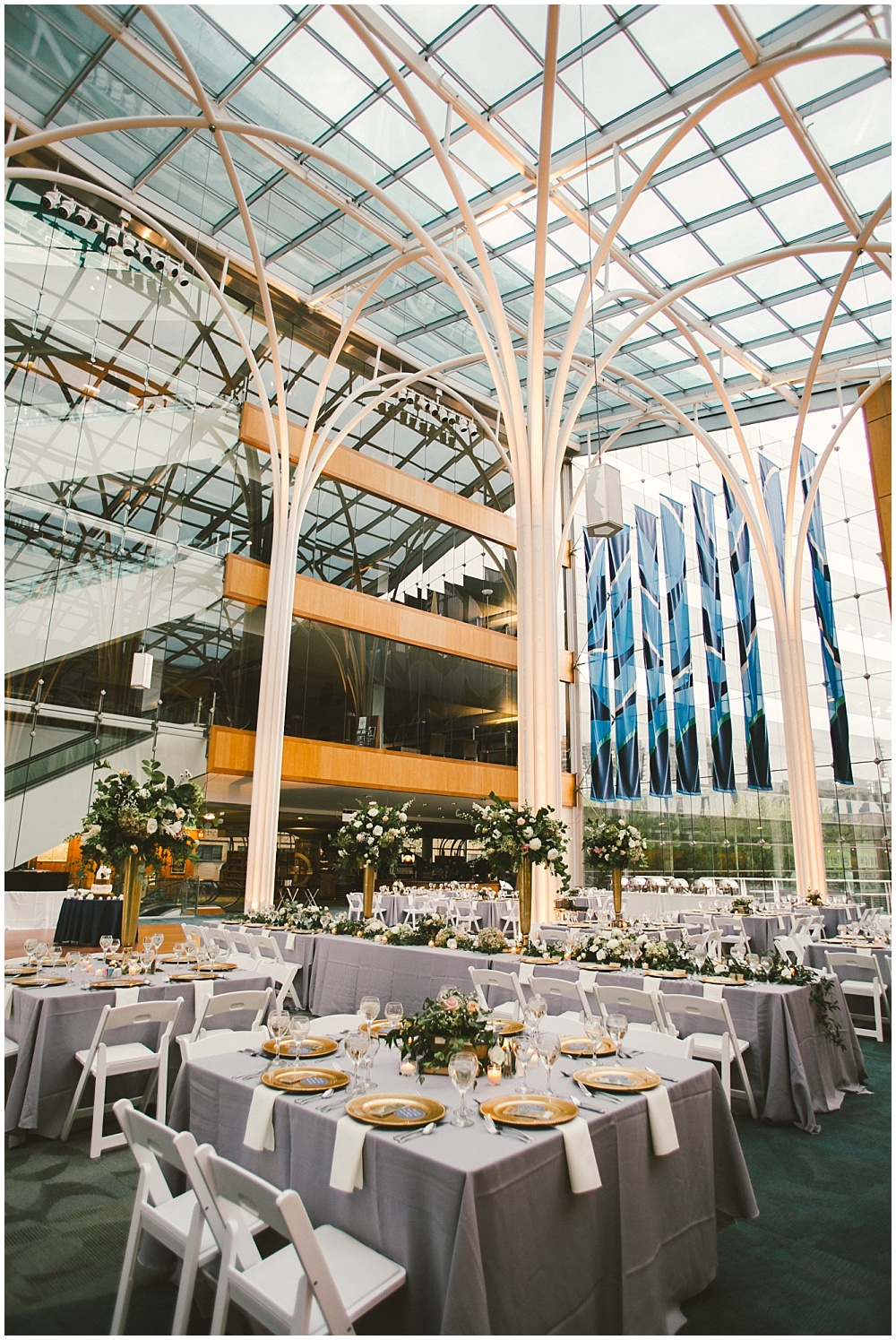 Blush and gold library wedding | Indianapolis Central Library Wedding by Jennifer Van Elk Photography & Jessica Dum Wedding Coordination