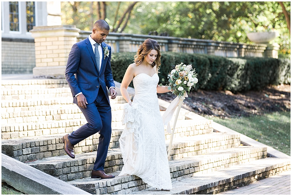 Navy + Gold wedding | Navy and Gold Wedding at Laurel Hall with Ivan & Louise Photography + Jessica Dum Wedding Coordination