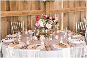 fall centerpiece, rustic barn wedding, ellie + tyler, ivan and louise images, jessica dum wedding coordination