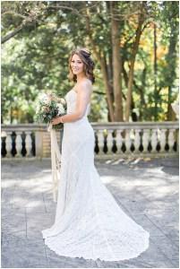 Lace strapless wedding dress   Laurel Hall wedding with Ivan & Louise Images + Jessica Dum Wedding Coordination