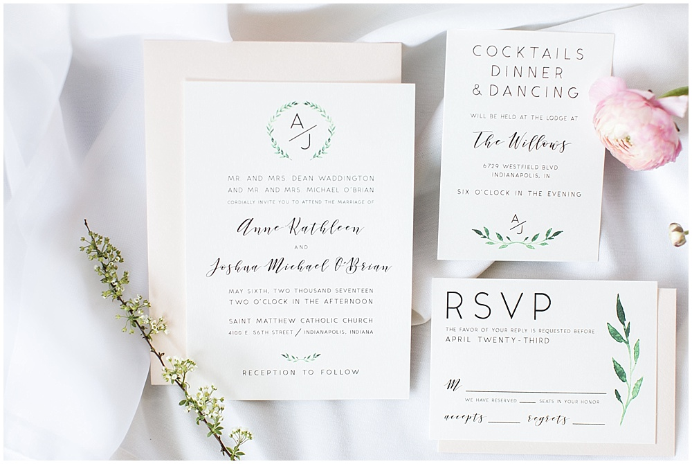 simple wedding invitation, Spring floral + gold wedding | Ivan & Louise Images | Jessica Dum Wedding Coordination