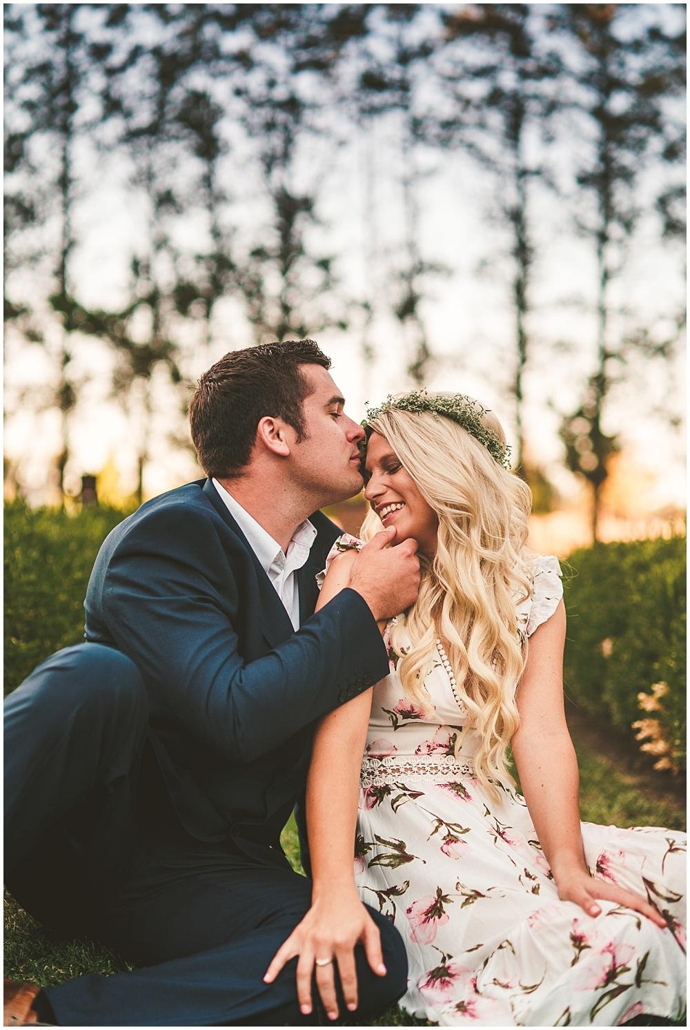 Fall golden hour engagement shoot | Alecio Photography