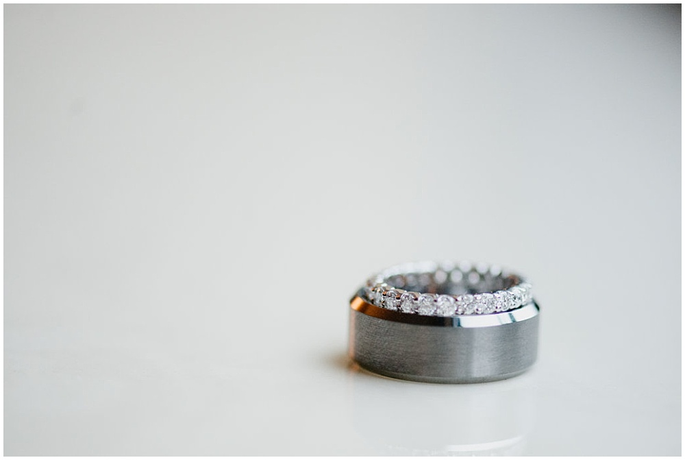 Wedding rings | Chicago urban rustic wedding | Sandra Armenteros Photography + Jessica Dum Wedding Coordination