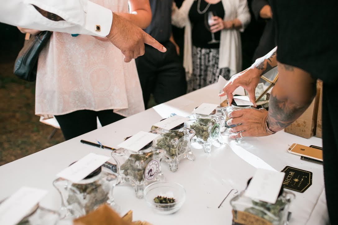 Oregon-Weed-Wedding-002