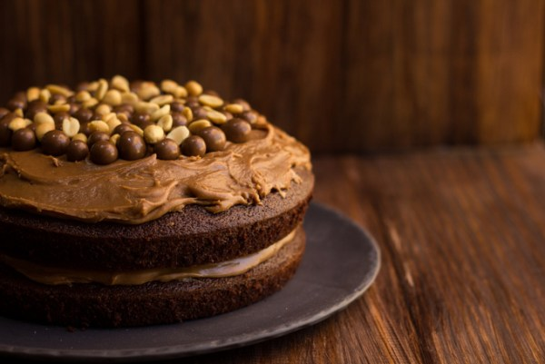 Chocolate, Peanut butter and nutella cake-1