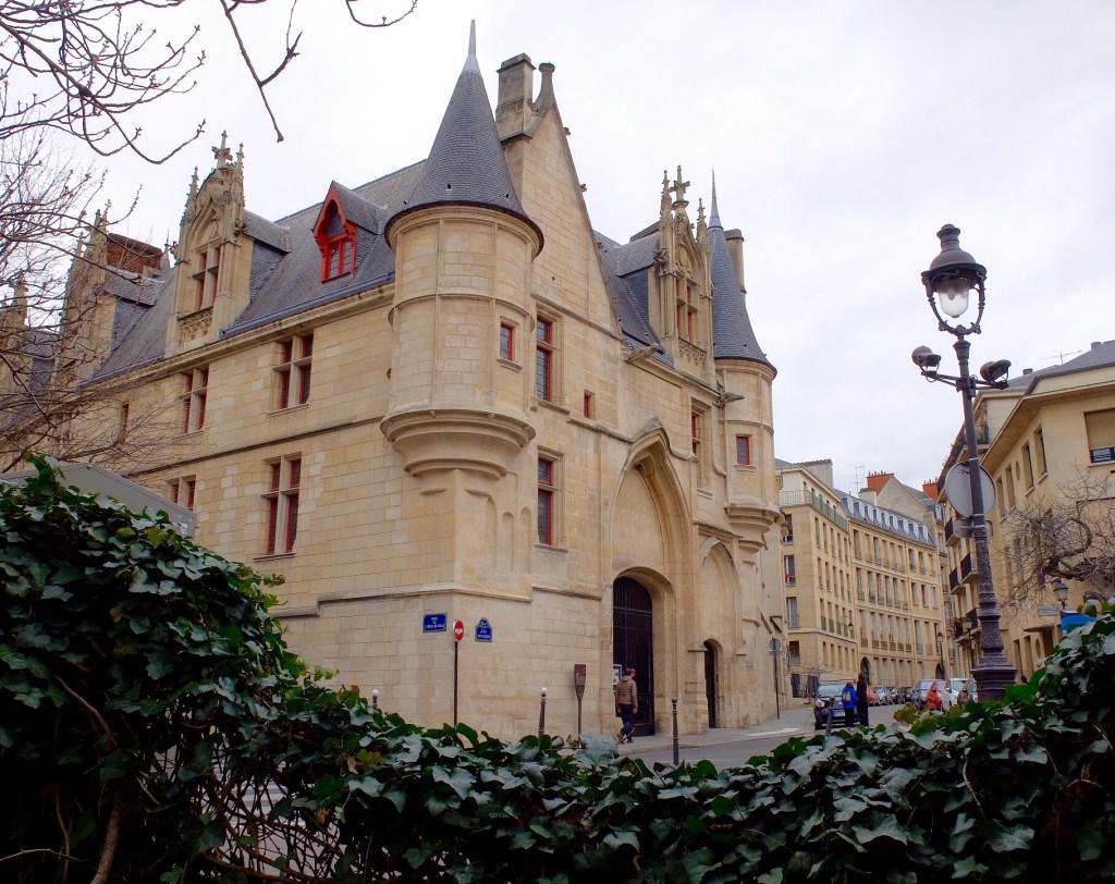 Hotel de Sens Paris 75004