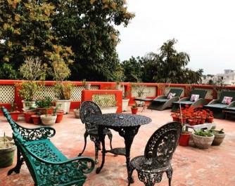 Ranjits-Svaasa-Amitsar-terrace