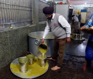Dining hall the Golden Temple Amritsar