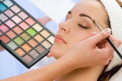 annie mayo makeup