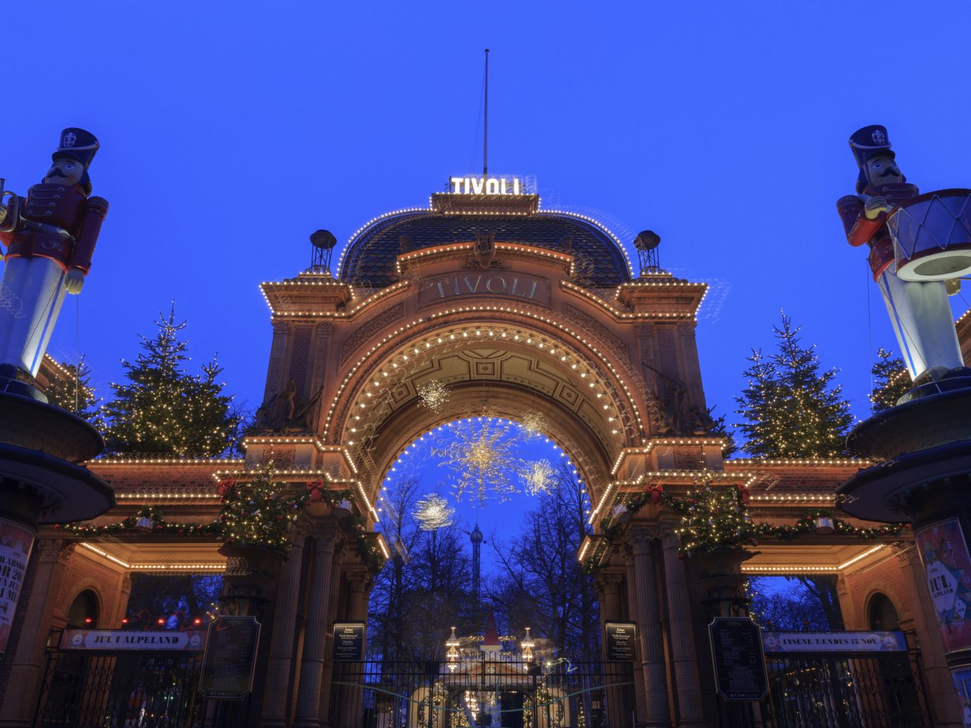 Tivoli Strand Lighting The Best Holiday Markets In Europe