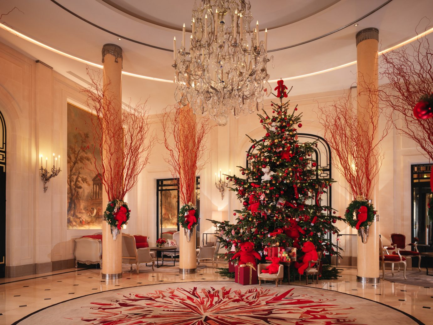 Decoration Hotel Best Hotel Lobbies For The Holidays