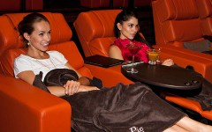 ipic theater los angeles 1