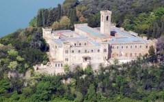 LuxuryEstate.com Italy island castle day