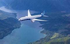 Boeing 787 in air