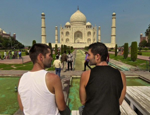 Seb & Stef at the Taj Mahal in Agra.