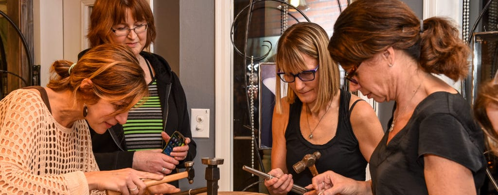 Jewelry workshop - team building event.