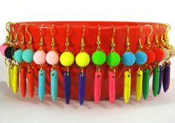 Free jewelry tutorial:  colorful retro spike earrings