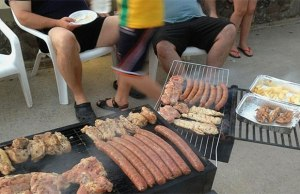 Food is on fire; you can keep cool and lay back. Independence Day Mangal