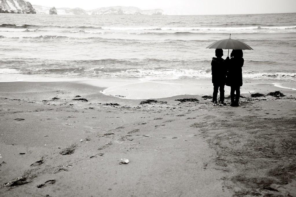 雨の日が多い梅雨時デートは何する?雨でも楽しめるデートスポットとは