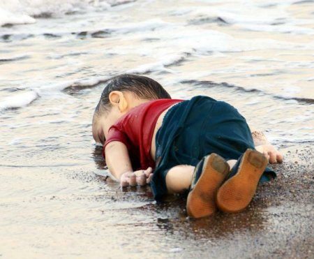 Aylan Kurdi on the beach.