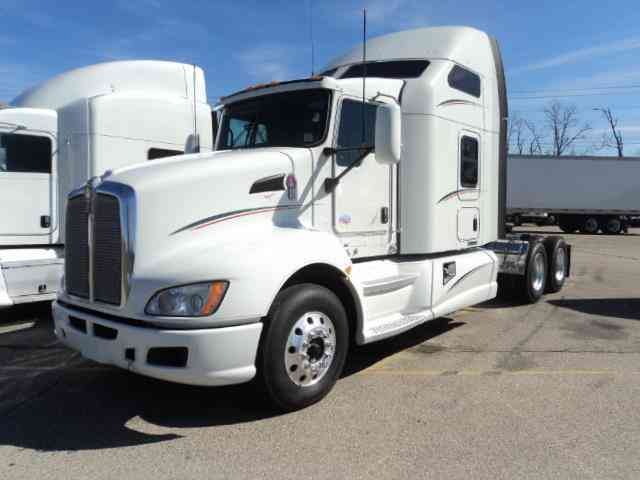 Freightliner Cascadia Evolution 2014 Sleeper Semi Trucks