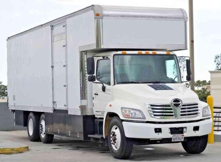 Hino 338 (2007)  Van / Box Trucks