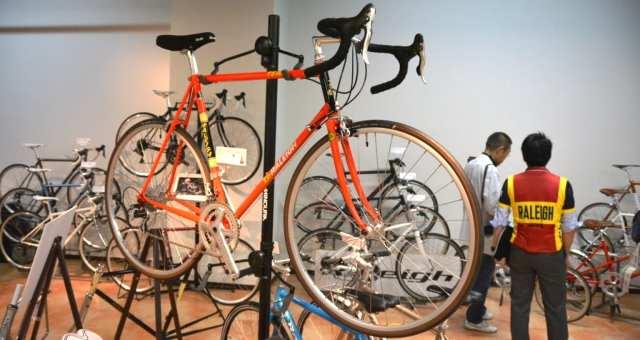 クラシックバイクが集結。アラヤ、ラレー2017新製品展示会レポート