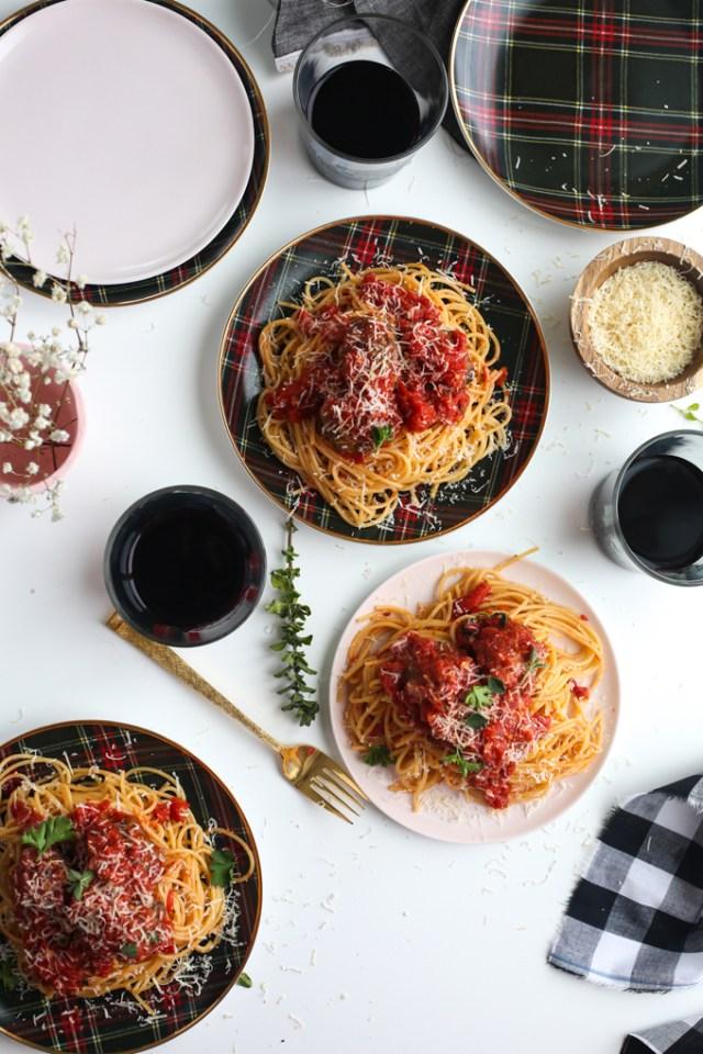 spaghetti-meatballs-sunday-dinner-16