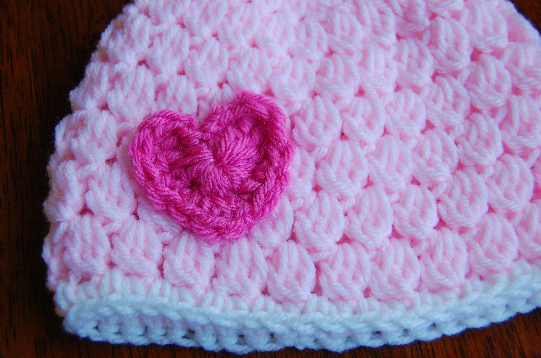 Free Crochet Patterns For Newborn Baby Hats : Free Girls Crochet Hat Pattern with Heart