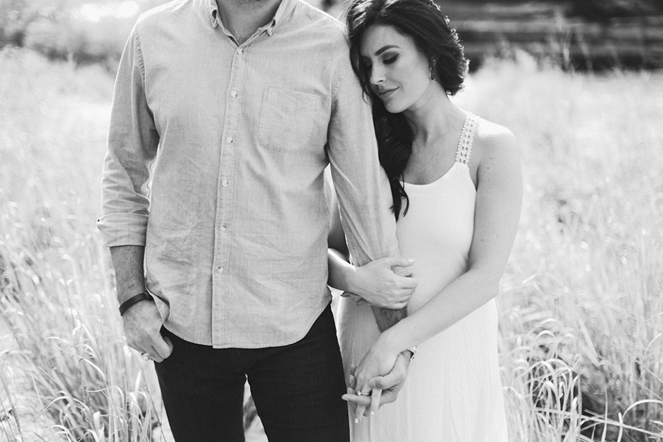 bull-creek-engagement-photography-austin-11