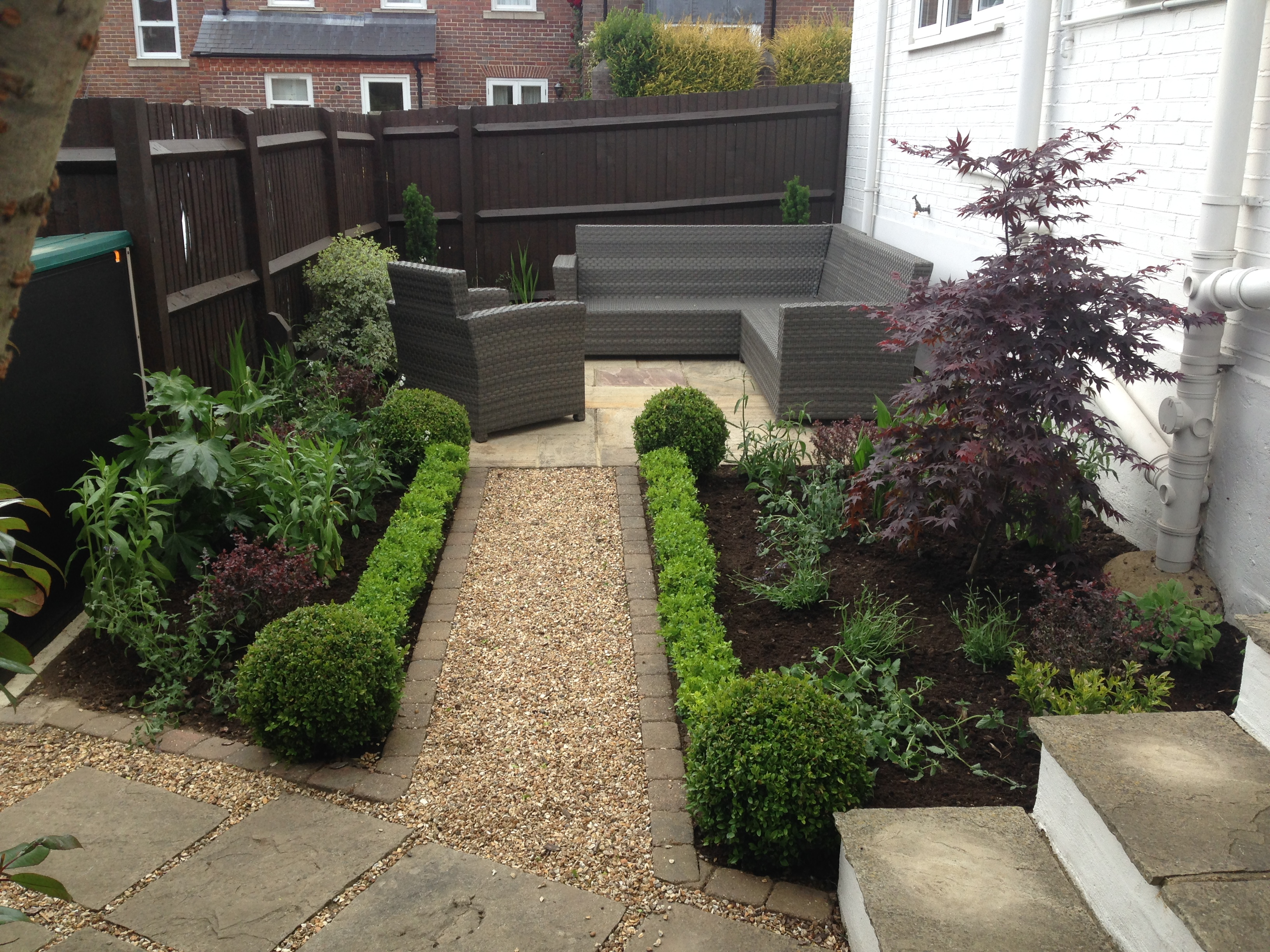 J Morris Garden Services St Albans Based Company Specialising In Garden Maintenance Design Planting And Landscaping Services