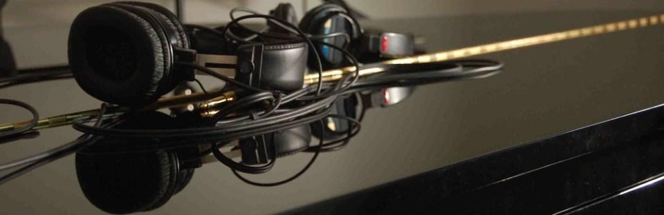 piano-phones-crop 1b tny