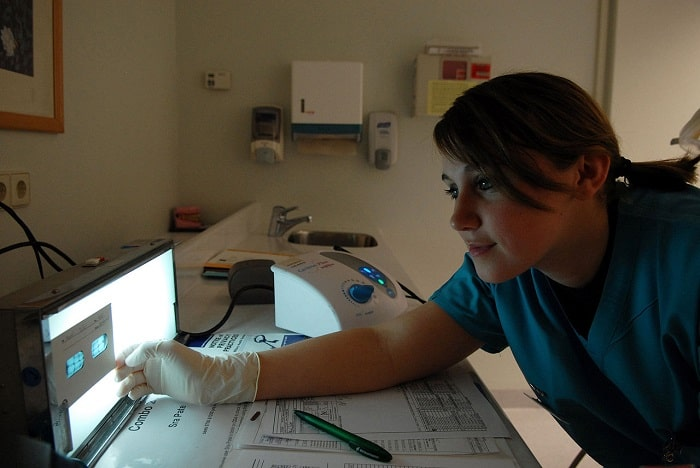 Dental Assistant Job Description, Specifications, and Career Path - dental assistant job description