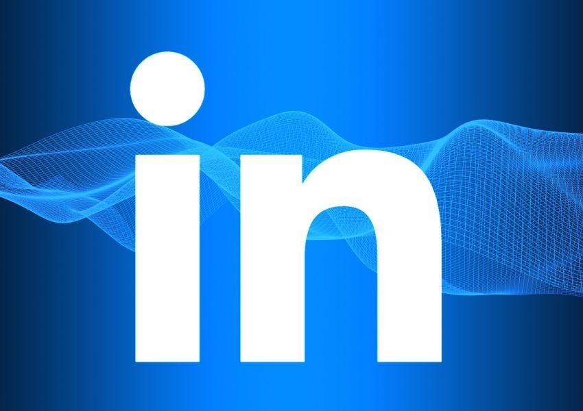 Write the Perfect LinkedIn Summary \u2013 Get Your Dream Job Faster