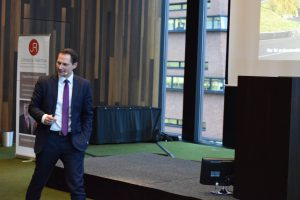 Swen Petenyi erklärt die Anlagechancen durch fondbasierte Produkte