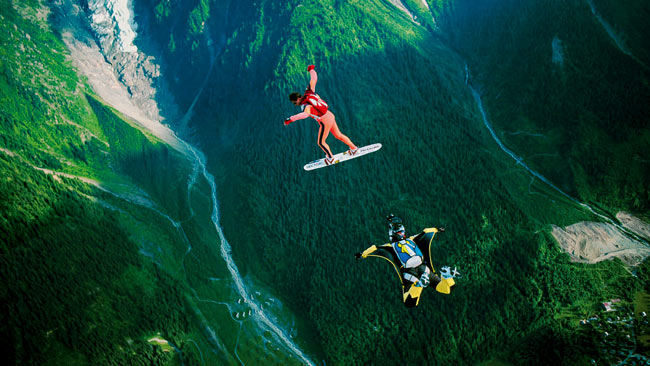 French Fall Wallpaper Skydiving Stunts And Cinematography