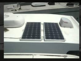キャンピングカー ソーラーパネル ロッキー2にお任せ下さい! #太陽光発電 #エコ #followme