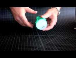 ノケロ(Nokero) N100 – 太陽光で発電する電球型LEDライト #太陽光発電 #エコ #followme