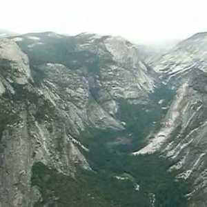 ヨセミテ国立公園のグレイシャー・ポイントからの展望 #ヨセミテ国立公園 観光 #Yosemite #followme