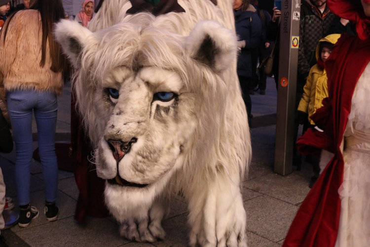 You Can Book Me Ltd Book Giant Snow Lion Snow Lion For Hire Christmas