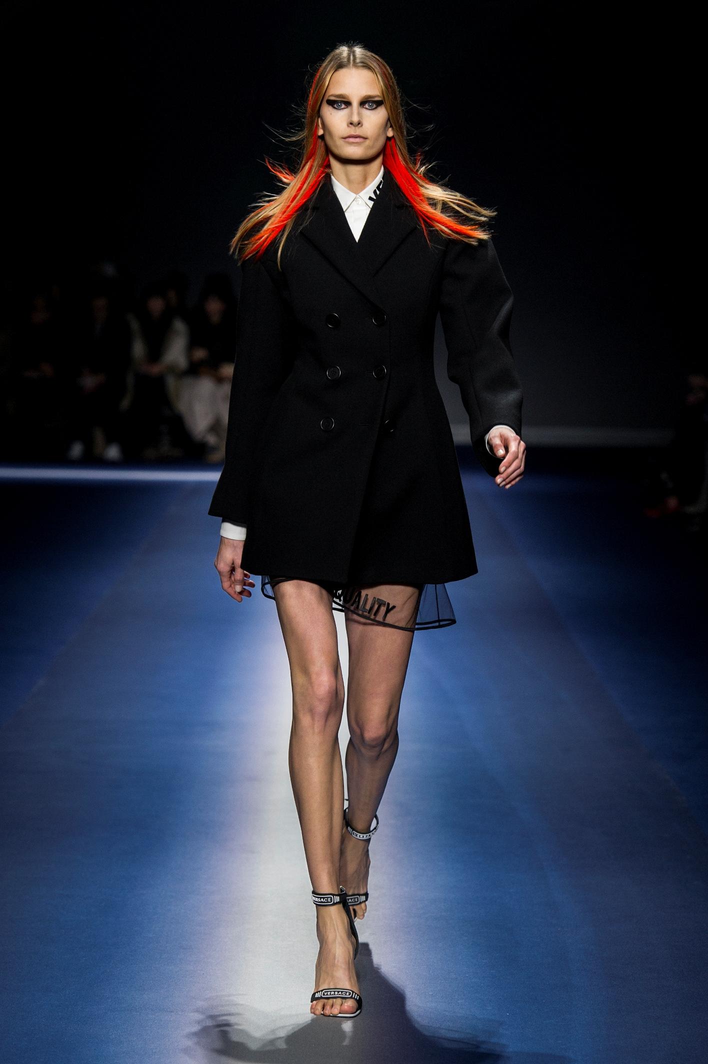 Versace_Women_FW17 (1)