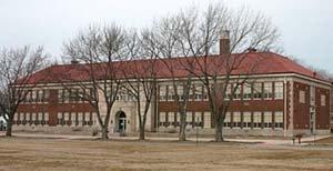 monroe-elementary-outside