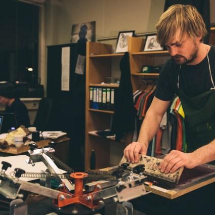 Silk screen T-shirt Production
