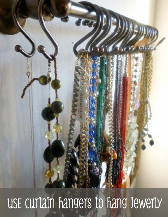 use-curtain-hangers-to-hang-jewelry