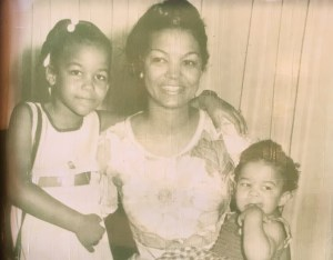 Helene Cooper, left, with her mother and her sister in Monrovia, Liberia, in 1972. (Credit: New York Times)